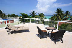 House - Oceanview Villa just Steps to the Beach - PERFECT FOR FAMILY -NVM