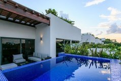 Las Terrazas - Penthouse -Steps to Beach -PRIVATE Pool - M