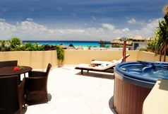 Maya Villa -Winner of Top 25 Small Condo/Hotel in All Of Mexico-Penthouse 2 Bedr -Beach Club - Promos #403