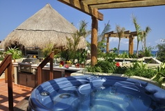 Maya Villa -Winner of Top 25 Small Condo/Hotel in All Of Mexico-Penthouse 2 Bedr -Beach Club - Promos #406